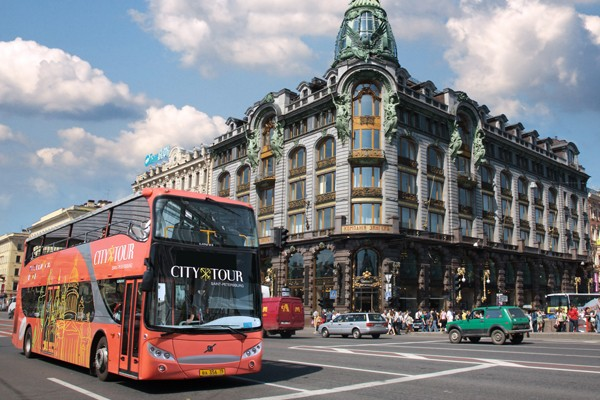 bus city tour san pietroburgo